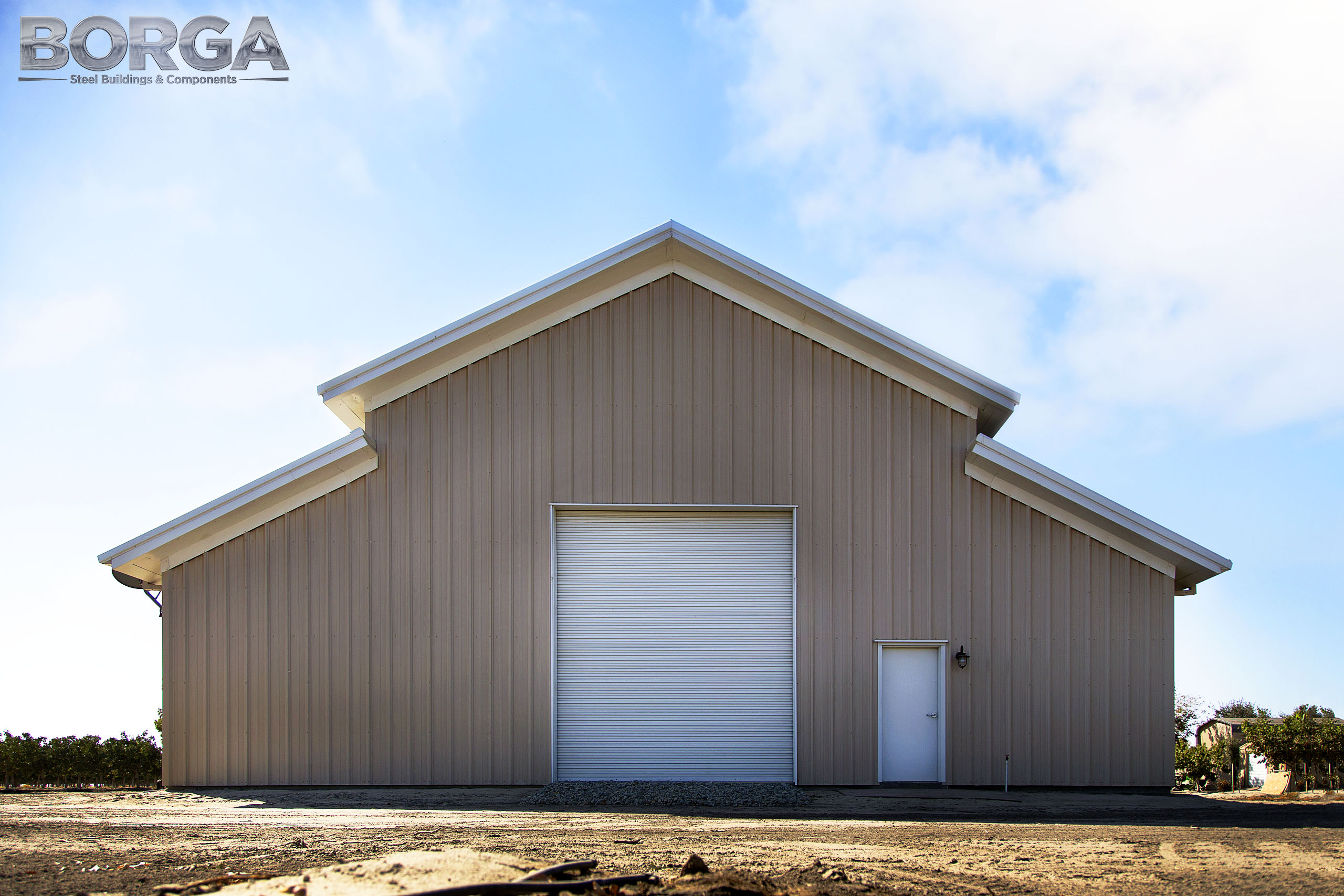 borga steel buildings components gilkey farms corcoran ca central valley metal agriculture tan white rca raised center aisle 2